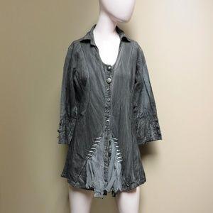 Parsley & Sage Gray 3/4 Sleeve Shirt Size Medium